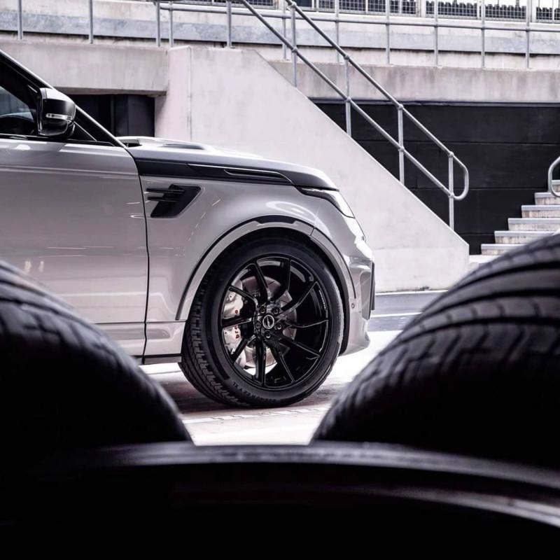 Range Rover  15595315