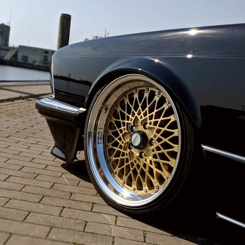 BMW E24 from 1987 3.5. l 15603513