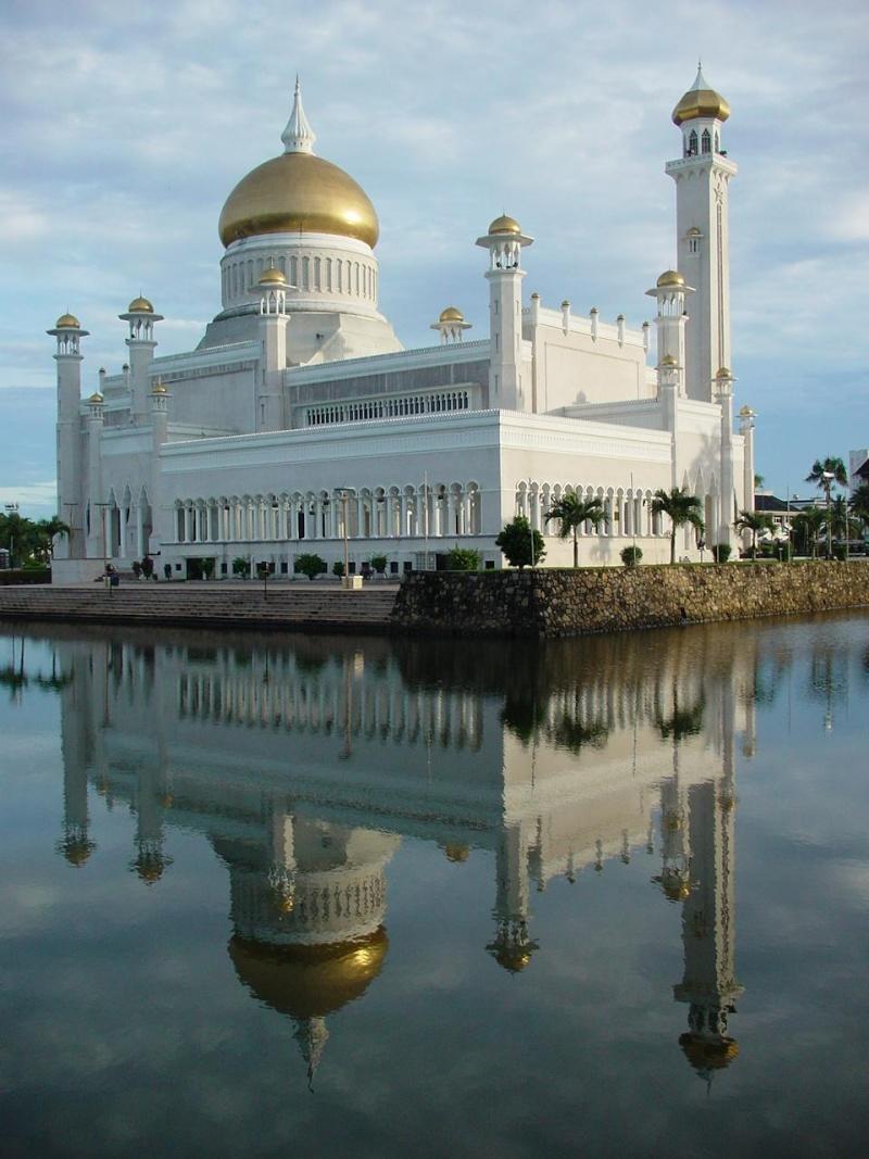 مسجد مصنوع بالذهب ادخل لترى و لن تصدق حيث الحقيقة تفوق الخيال 313