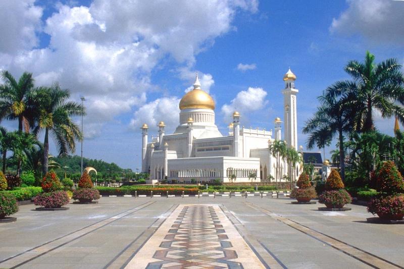مسجد مصنوع بالذهب ادخل لترى و لن تصدق حيث الحقيقة تفوق الخيال 412