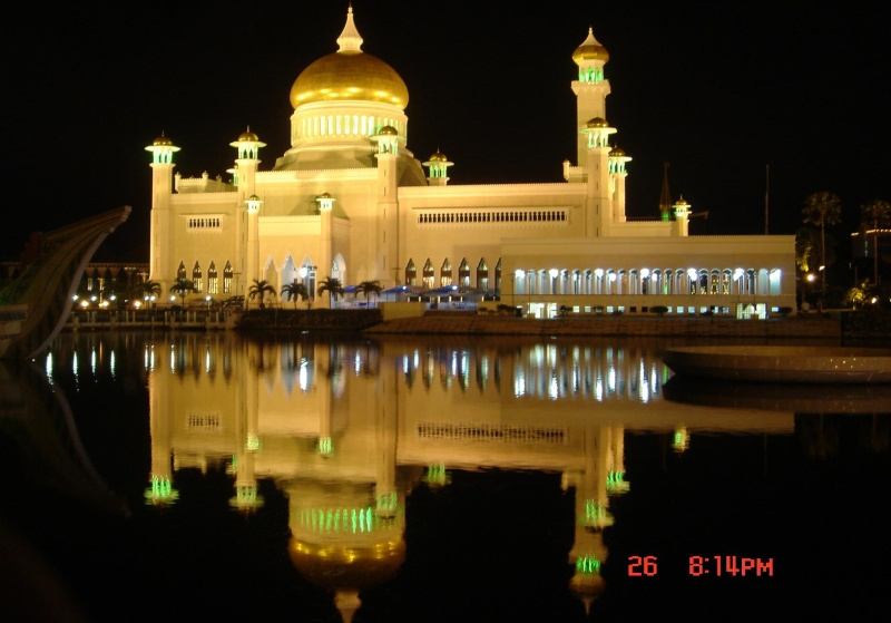 مسجد مصنوع بالذهب ادخل لترى و لن تصدق حيث الحقيقة تفوق الخيال 610