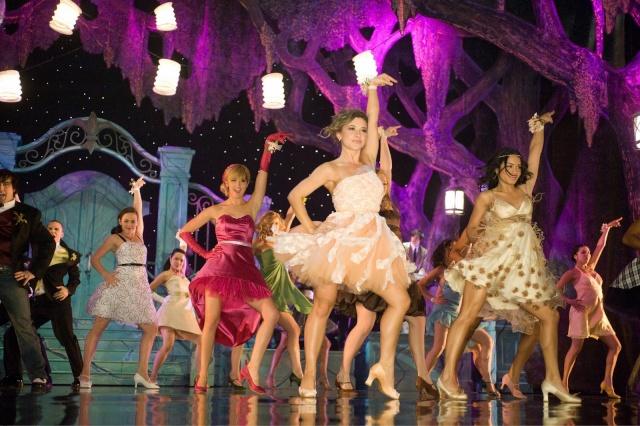 [Walt Disney Pictures] High School Musical 3 : Nos Années Lycée (2008) - Page 15 00812