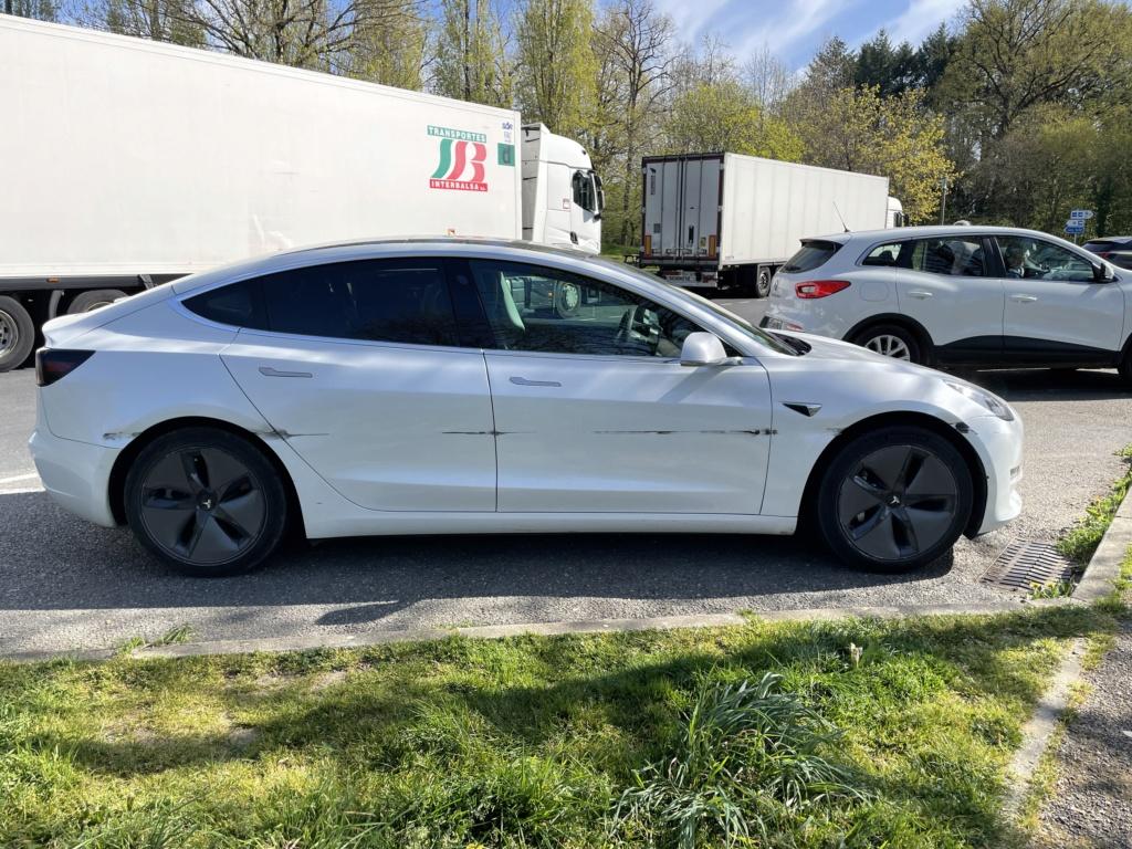 Tesla : la model 3 dévoilée - II - Page 5 Db4dff10