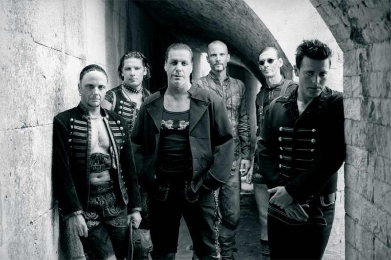 mon groupe préféré: Rammstein Rammst11