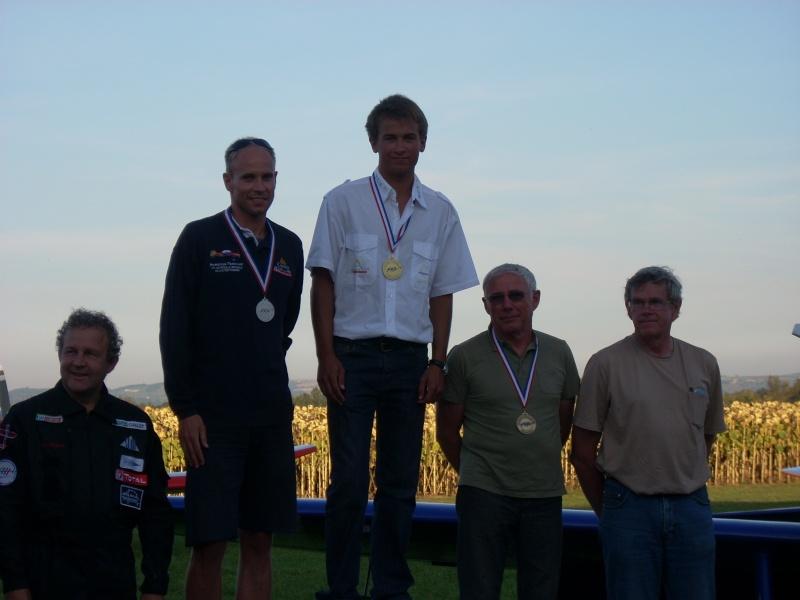Encore un JA Champion de France de voltige!! Dscn1816