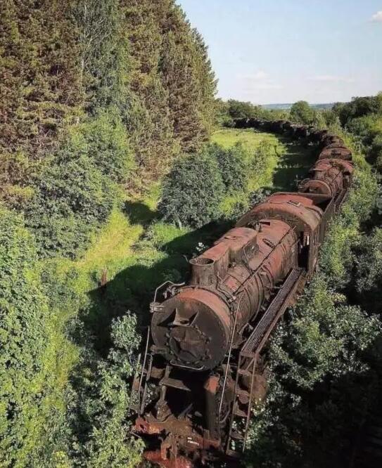 Locomotiva antica 2-23310