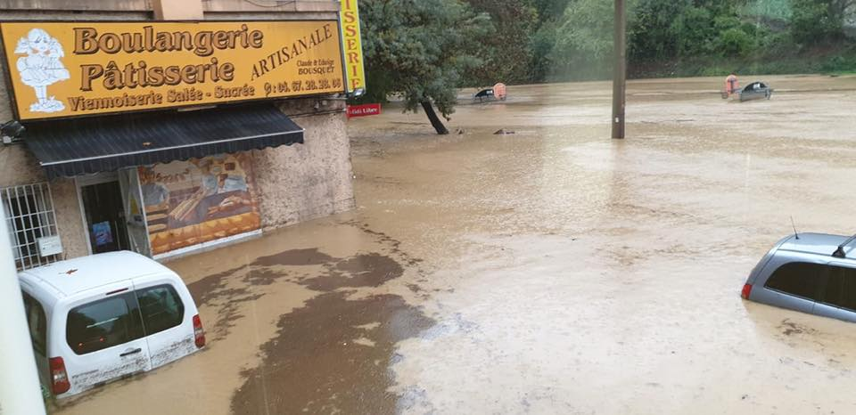 inondations 72459712