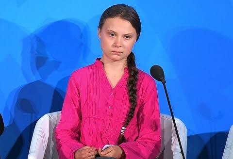 """Greta Thunberg à l'ONU: """"Vous avez volé mes rêves et ma jeunesse !"""" La-sue10"""