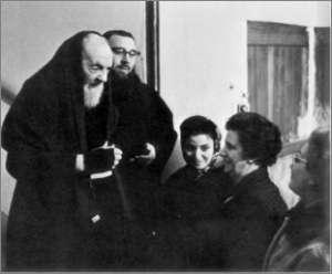 Padre Pio thaum ua neej nyob - Page 2 152_2110