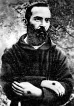 Padre Pio thaum ua neej nyob - Page 2 Padre-10