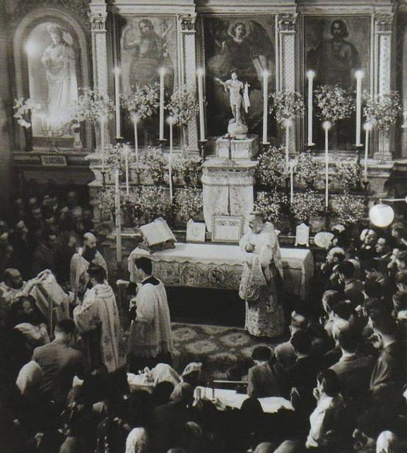 Padre Pio thaum ua neej nyob - Page 2 Padre_10