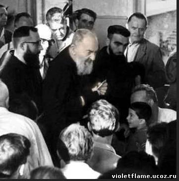 Padre Pio thaum ua neej nyob - Page 2 Unname11