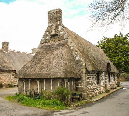 Maison bretonne Chaumi11