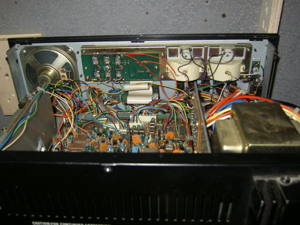 Lafayette Petrusse Hi-Power (Base 27 Mhz - 200 Cx )  Pict1010