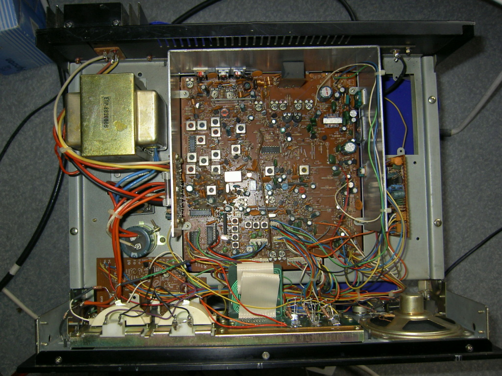 Lafayette Petrusse Hi-Power (Base 27 Mhz - 200 Cx )  Pict1310