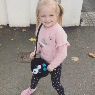 Nicky y Georgina Byrne marcan el quinto cumpleaños de la hija de Gia con hermosas fotos familiares 43779410