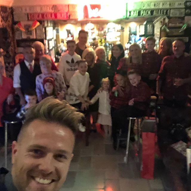 Nicky Byrne comparte foto con familiares después de una Navidad ocupada 47301210