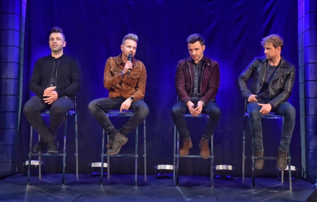 Westlife's Press Conference in Belfast Dqnsqz10