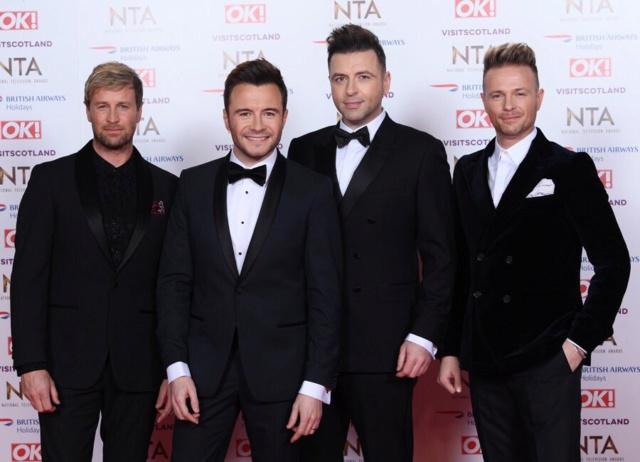 Westlife en la alfombra roja de los NTA Awards Dxiqpt10