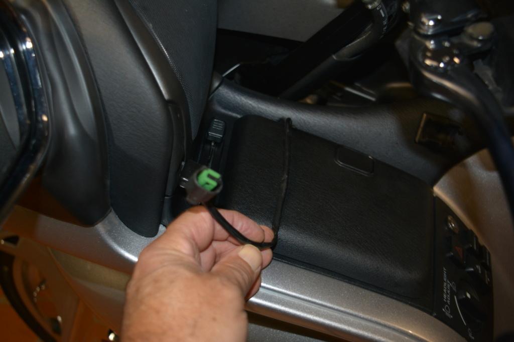 Accessoires pour GPS tomtom rider 2 eme édition Dsc_0024