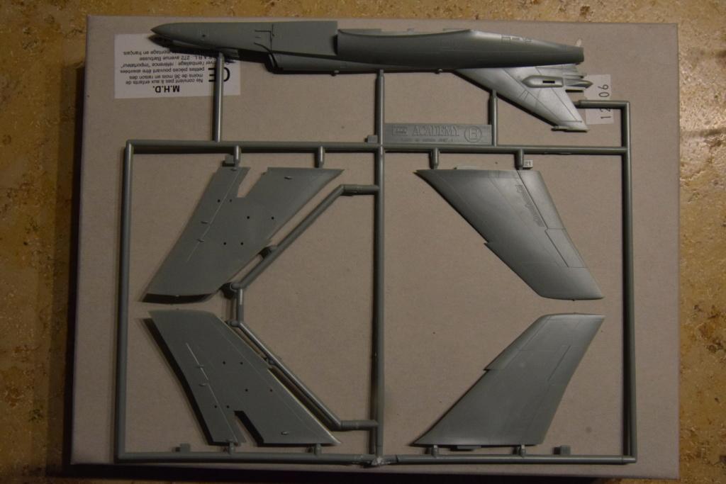 ACADEMY - Super Etendard - 1/72 00612