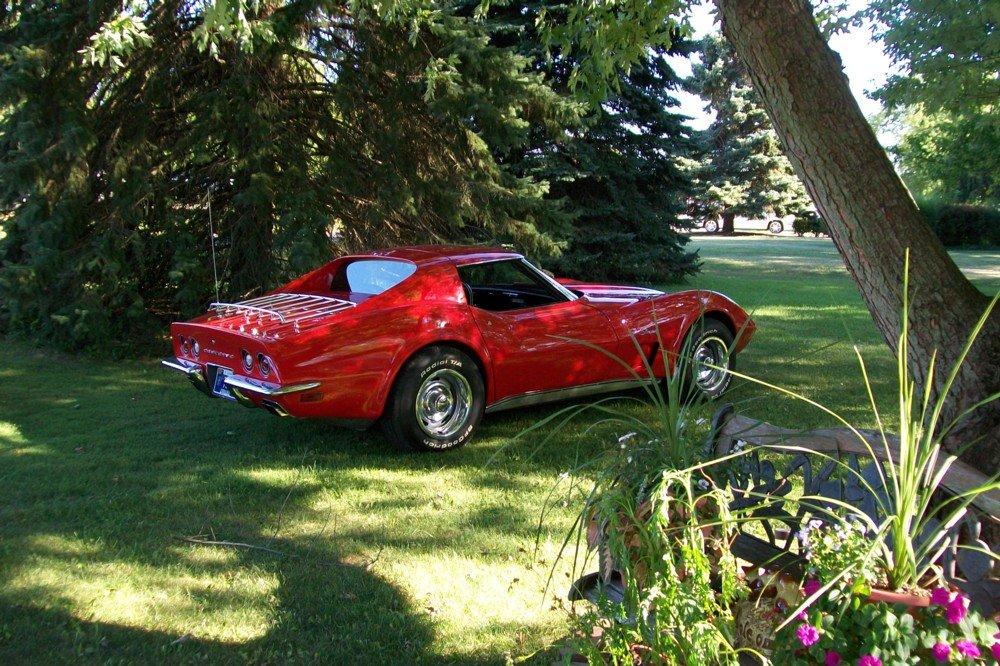 Stingraykev's 1973 Corvette 1000x610