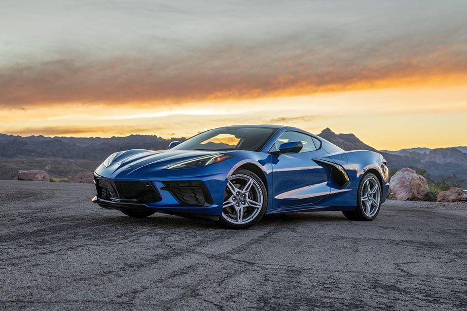 Blue C8 Corvette _8901710