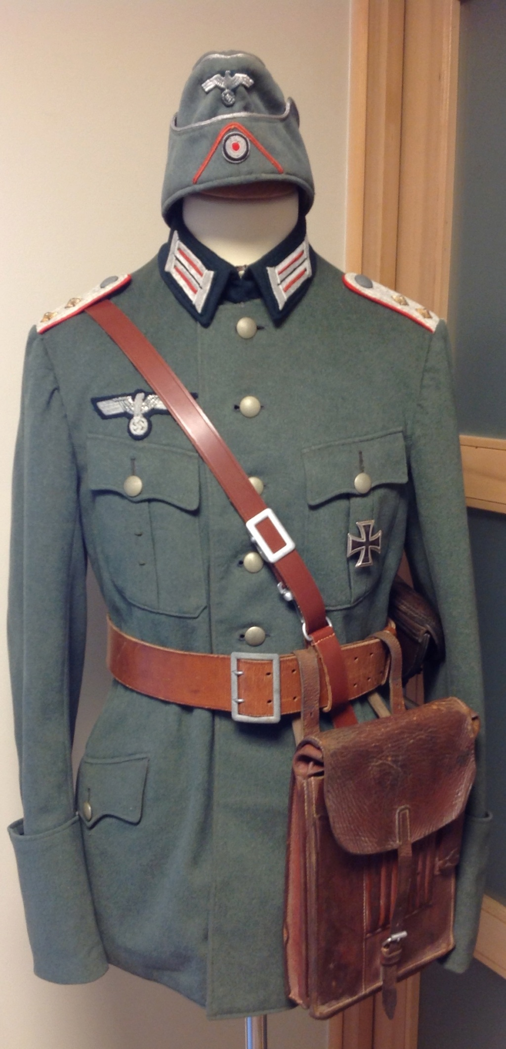 Quelques récentes rentrées, uniforme et baïonnette K98 !  - Page 2 Img_8536
