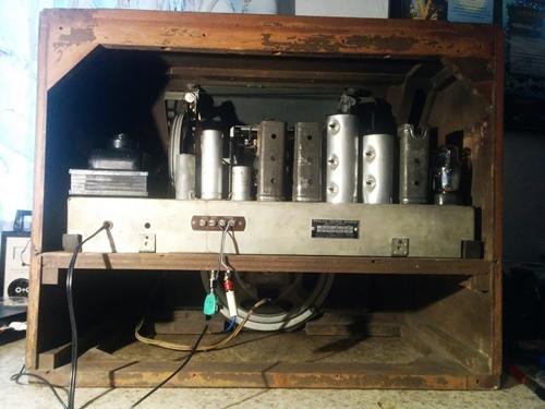 Ламповые радиоприёмники деда Панфила - Страница 19 Philco16