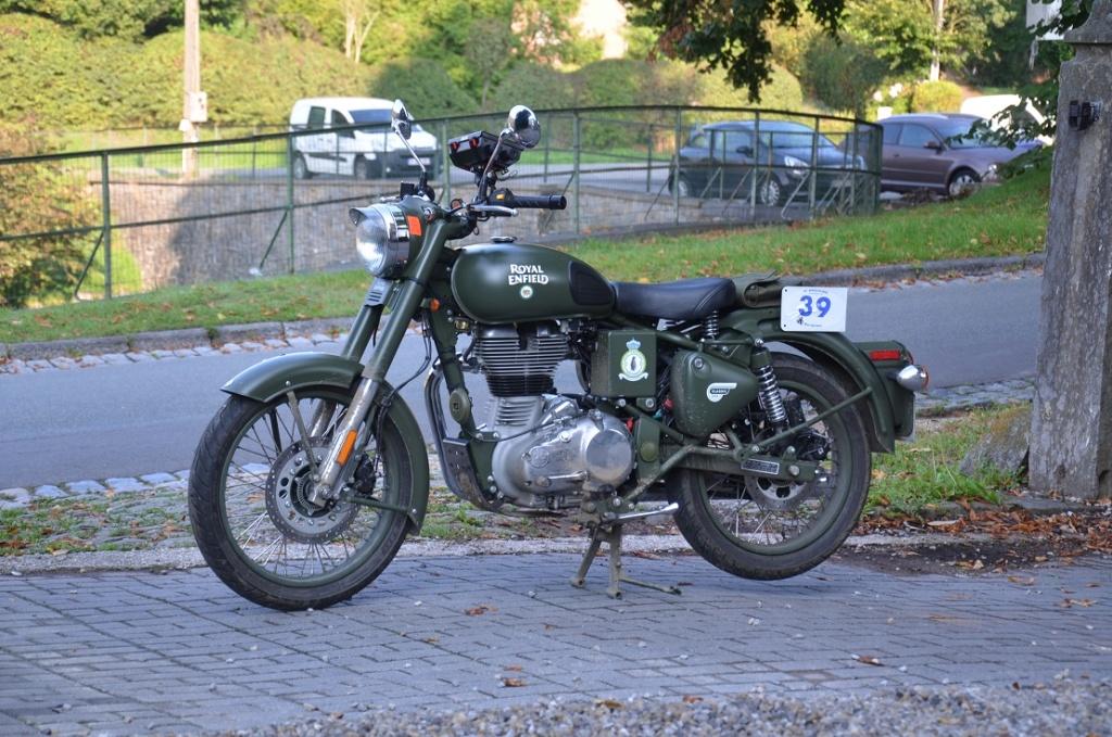 Royal Enfield Classic - La moto improbable.... 413
