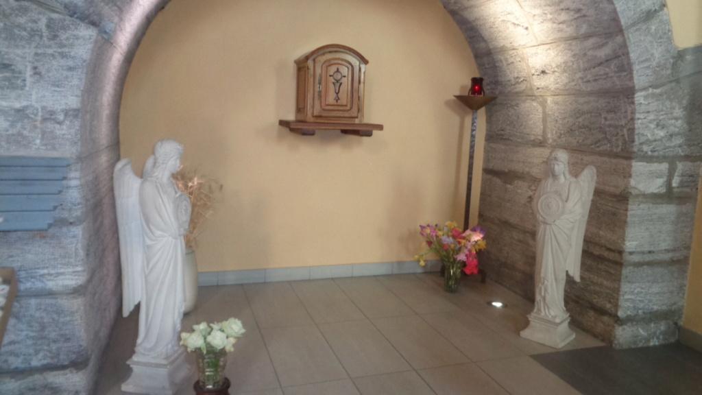 Petit intermède... Semaine du 15 août consacrée à Marie, Notre Très Sainte Mère. Dsc02315