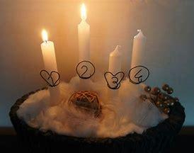 En attendant la belle Nuit de Noël, ensemble, abordons le Temps de l'Avent. Les_4_10