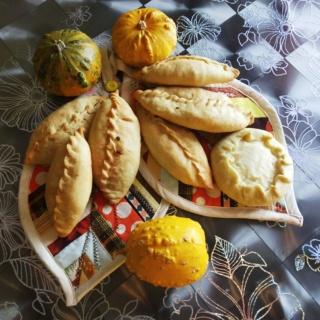 Сибирские пирожки со свежей капустой Img_2011