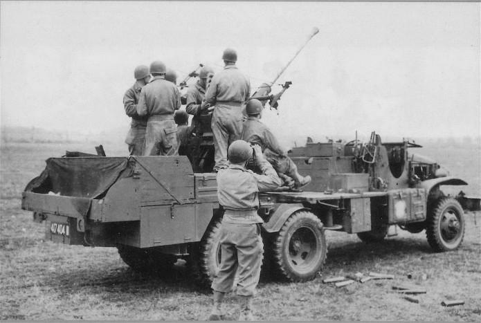 Camion GMC équipé d'un canon de 40 m/m Bofors - marque HOBY BOSS - échelle 1/35 TERMINE. 40740412