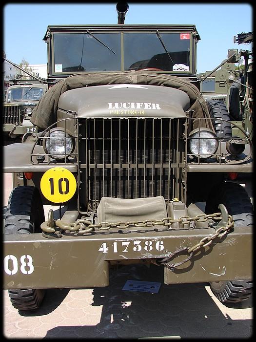 Camion GMC équipé d'un canon de 40 m/m Bofors - marque HOBY BOSS - échelle 1/35 TERMINE. 411