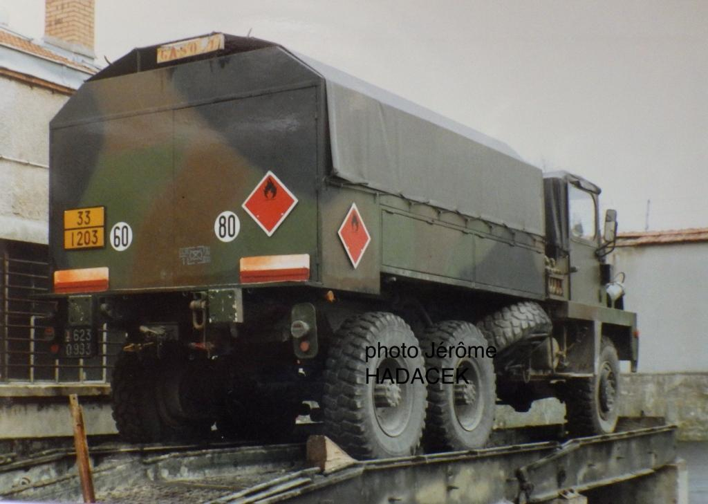 Camion BERLIET GBC 8 KT citerne (SCRATCH) échelle 1/35 62309910