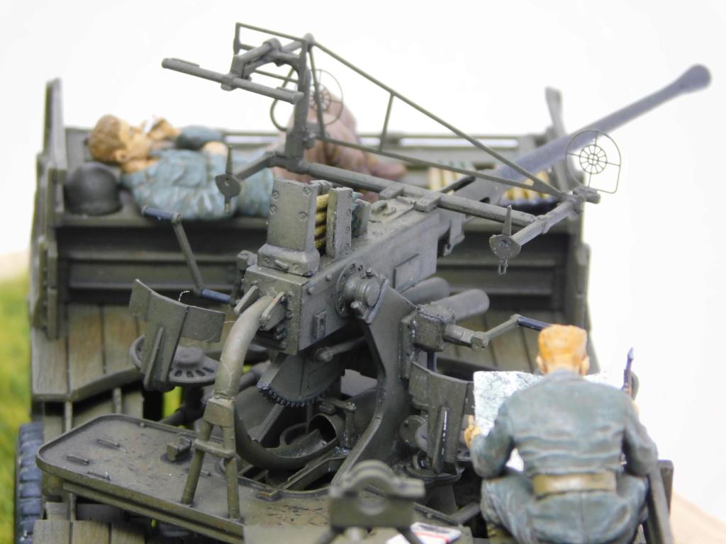 Camion GMC équipé d'un canon de 40 m/m Bofors - marque HOBY BOSS - échelle 1/35 TERMINE. - Page 2 Dscn0615