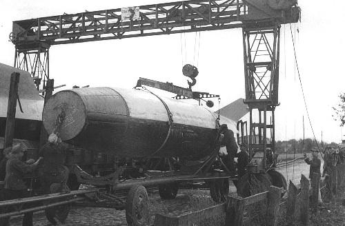 V2 de marque REVELL et locotracteur JUNG en scratch; échelle 1/35  TERMINE Image_21