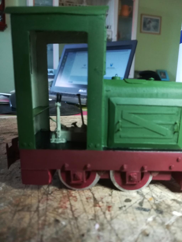 V2 de marque REVELL et locotracteur JUNG en scratch; échelle 1/35  TERMINE Img_2023