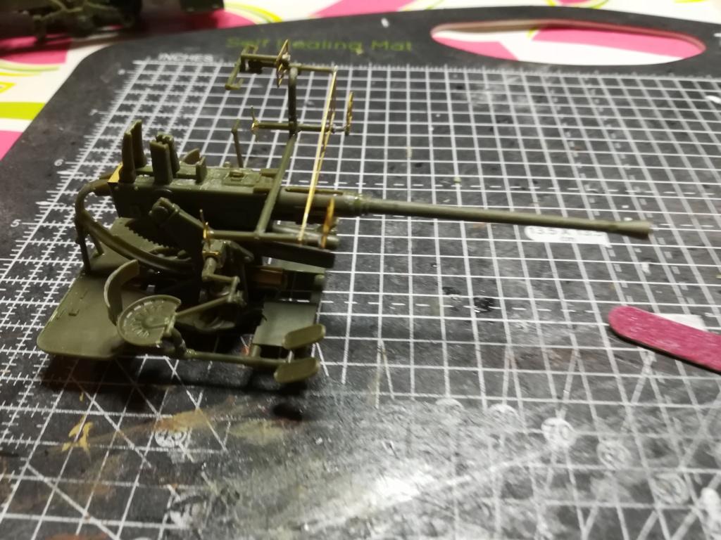 Camion GMC équipé d'un canon de 40 m/m Bofors - marque HOBY BOSS - échelle 1/35 TERMINE. Img_2103