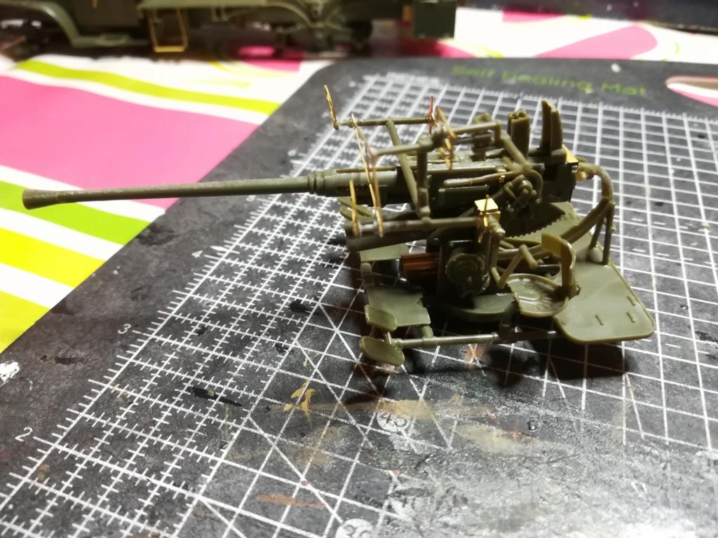 Camion GMC équipé d'un canon de 40 m/m Bofors - marque HOBY BOSS - échelle 1/35 TERMINE. Img_2104