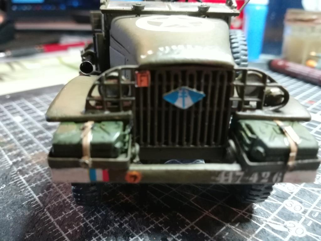 Camion GMC équipé d'un canon de 40 m/m Bofors - marque HOBY BOSS - échelle 1/35 TERMINE. - Page 2 Img_2128