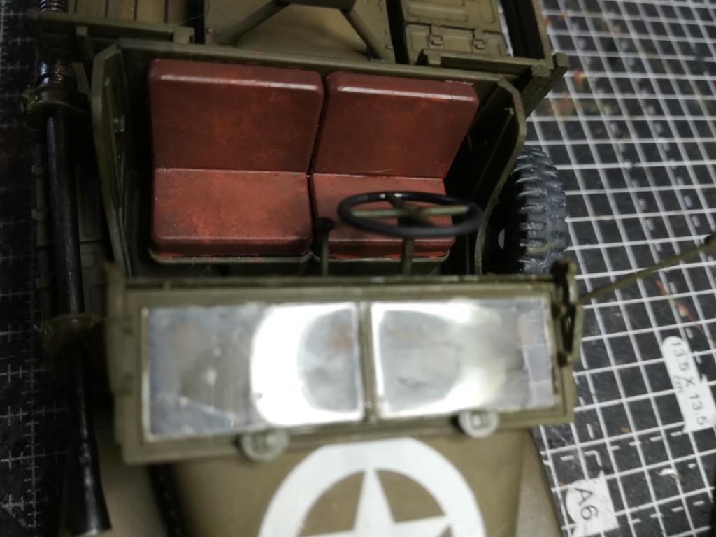 Camion GMC équipé d'un canon de 40 m/m Bofors - marque HOBY BOSS - échelle 1/35 TERMINE. - Page 2 Img_2129