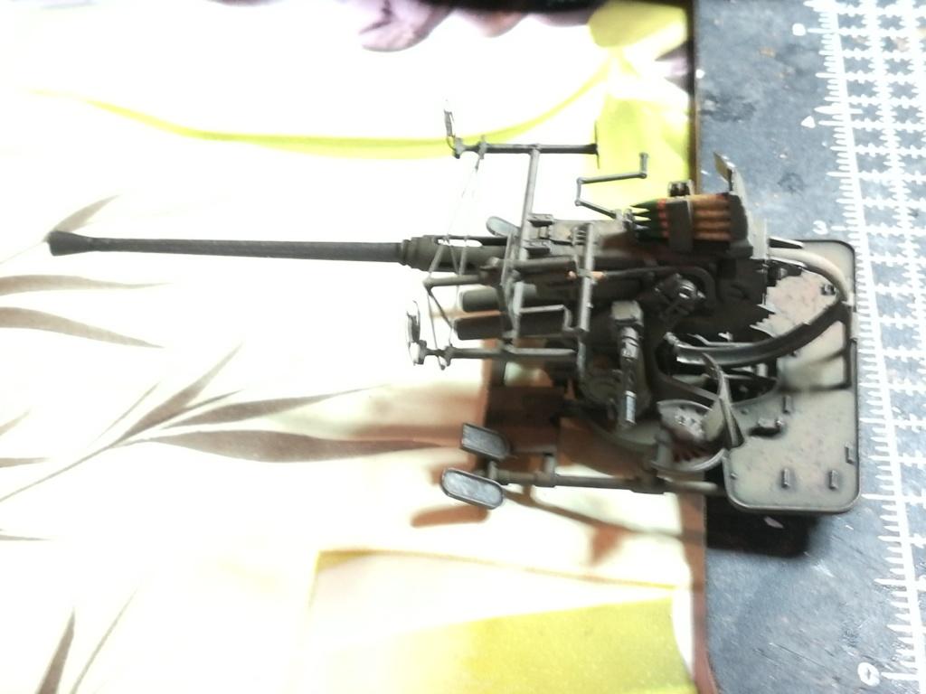 Camion GMC équipé d'un canon de 40 m/m Bofors - marque HOBY BOSS - échelle 1/35 TERMINE. - Page 2 Img_2142