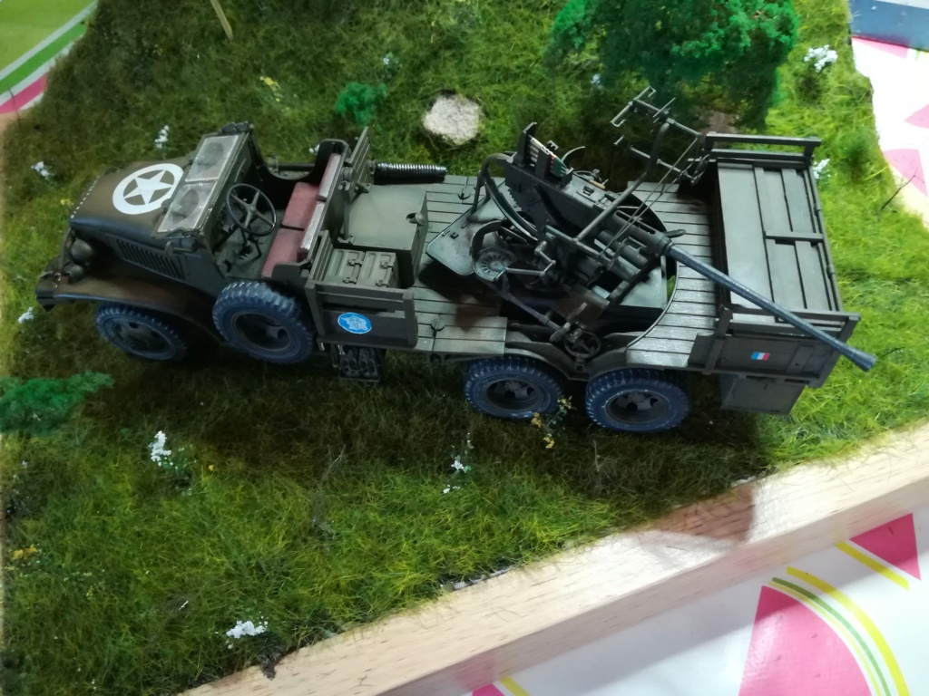 Camion GMC équipé d'un canon de 40 m/m Bofors - marque HOBY BOSS - échelle 1/35 TERMINE. - Page 2 Img_2153