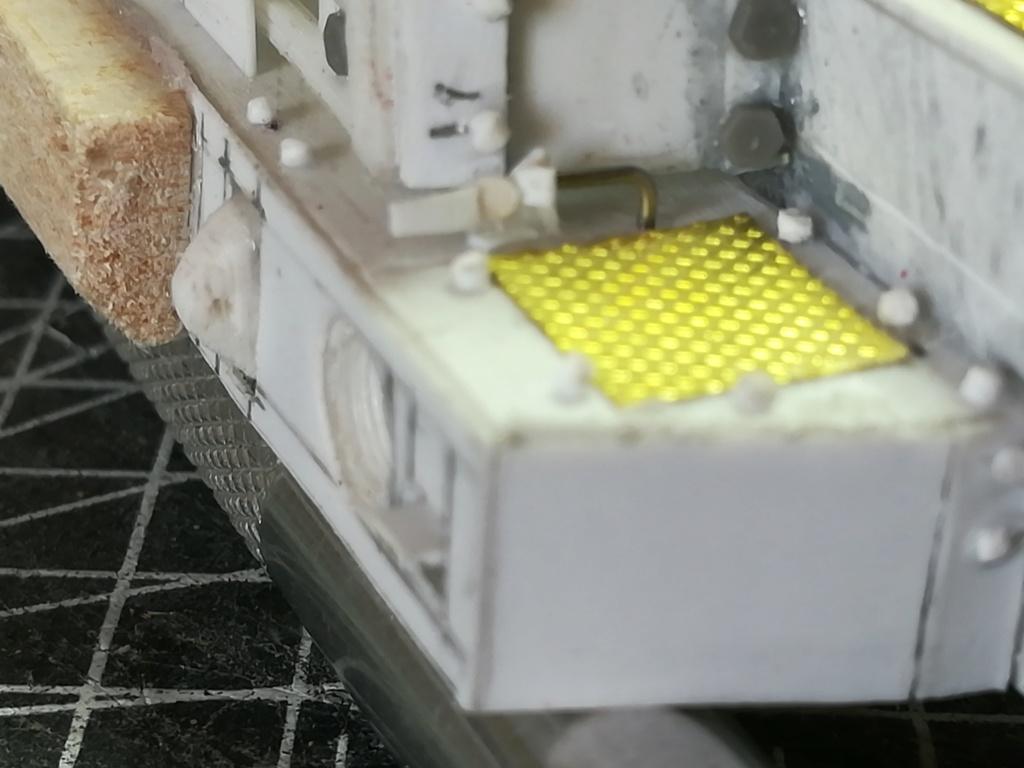 Camion BERLIET GBC 8 KT citerne (SCRATCH) échelle 1/35 Img_2193