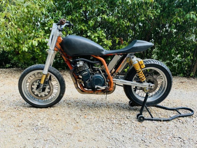 Mes pétoires KTM flat + Ducati café  Ktm210