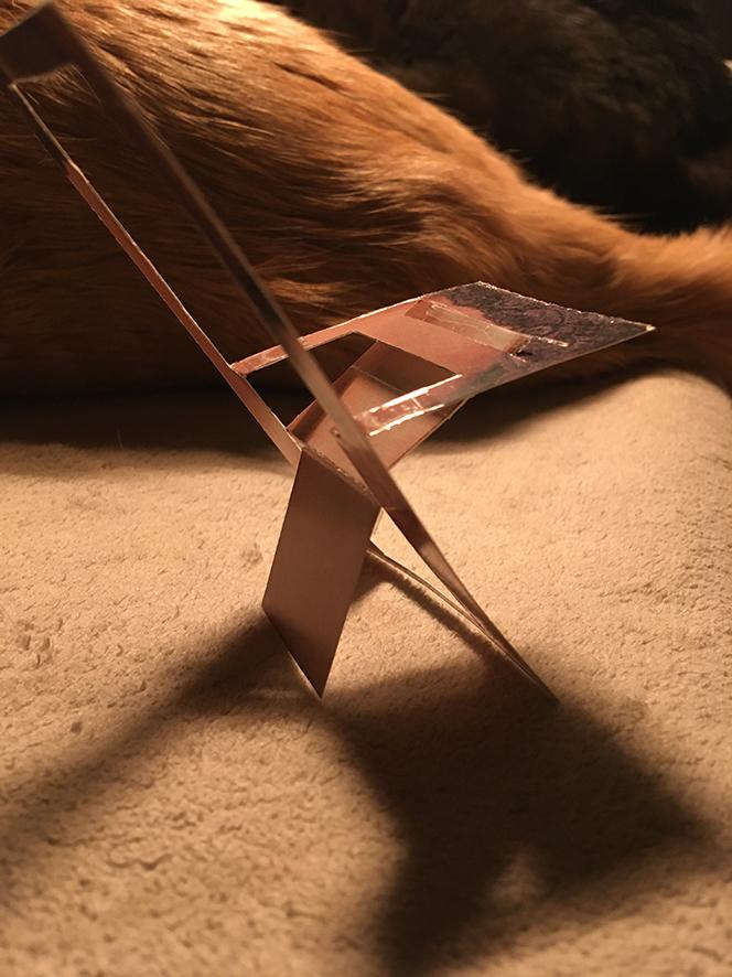 Gabarit invitation en forme de chaise + découpe par type de lignes Chaise17