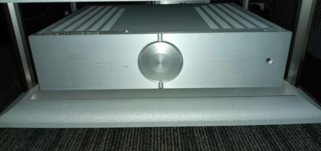 Audio Analogue  Puccini amplifier 0f7d0310