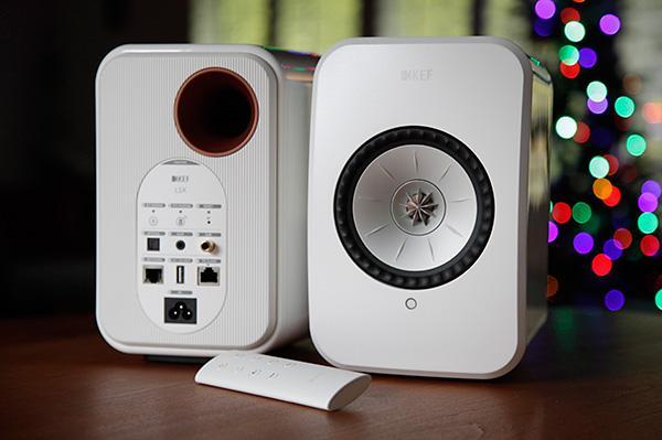 Kef LSX wireless speaker 18121811